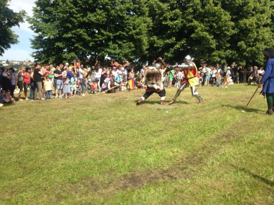 Combat de chevaliers 1